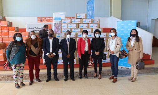 ORANGE SOLIDARITE MADAGASCAR: Nanolotra ny fanomezana andiany fahatelo teny amin'ny CCO Ivato