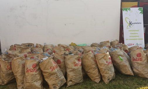 «CLEAN UP DAY KOPAKELATRA»: Tavoahangy plastika mihoatra ny 400 kilao no voaangona