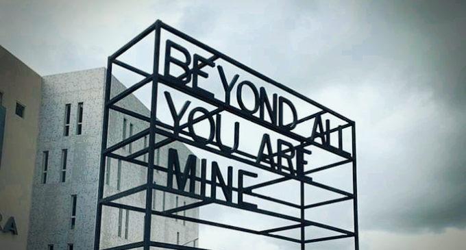 HAKANTO CONTEMPORARY: Hitohy hatramin'ny 4 Septambra 2021 ny fampiratiana «Beyond all you are mine»