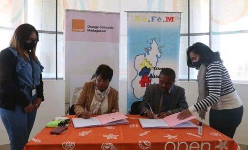 ORANGE SOLIDARITE MADAGASCAR: Hanohana ny fandaharan'asa «Action pour l'Autisme à Madagascar»